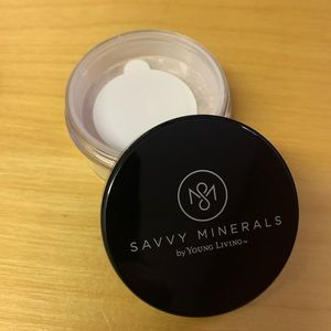 Savvy Minerals by Young Living Setting Powder
